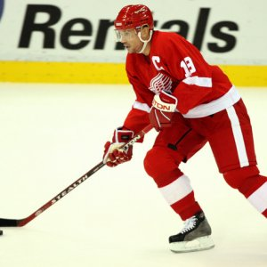 Steve Yzerman - Detroit Red Wings